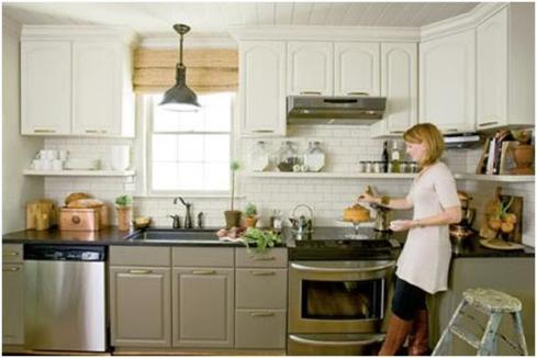 Roomology loves kitchens where the upper and lower for Different kitchen colors