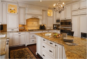 sw antique white kitchen cabinets