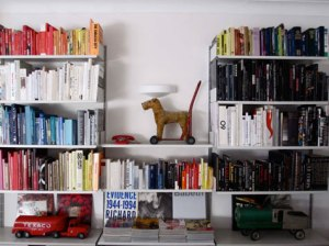 color-coded-bookshelf