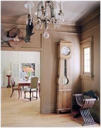 brown-foyer