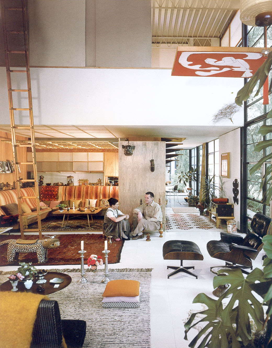 Eames the architect and the painter roomology for Case interior design