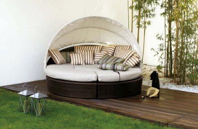 awesome outdoor furniture for small spaces | Unique and Modern Outdoor Furniture | roomology