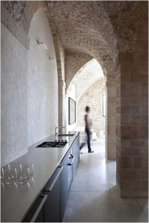 Old world kitchens meet the 21st century roomology - Sleek kitchen world ...